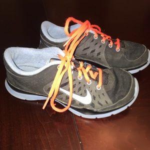 Black/Blue Nike Trainers